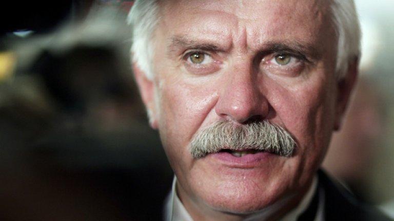 В Русия наричат Михалков придворния режисьор на Путин