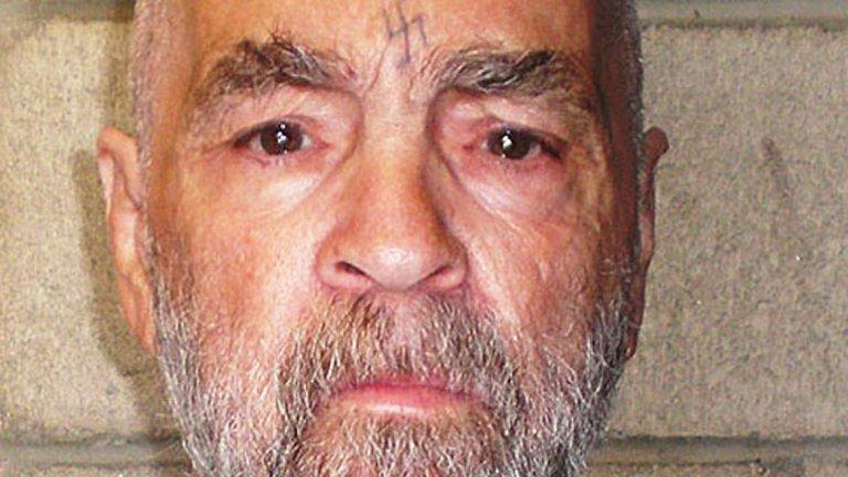 Серийният убиец Чарлс Менсън почина на 83 г.