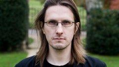 Извън десетте му официални албума с Porcupine Tree и четирите му солови албума от 2008 г. насам, Уилсън е особено интересен с колаборациите си с групи и музиканти от най-различни стилове.  Работил е както с ветерани-легенди като King Crimson, Jethro Tull и Yes, така и с култови прогресив групи като Marillion, дори и с метъл банди като Opeth и Anathema