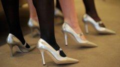 Ако първата вълна на модата бе развихрен израз на богатство, следващата е на показна въздържаност