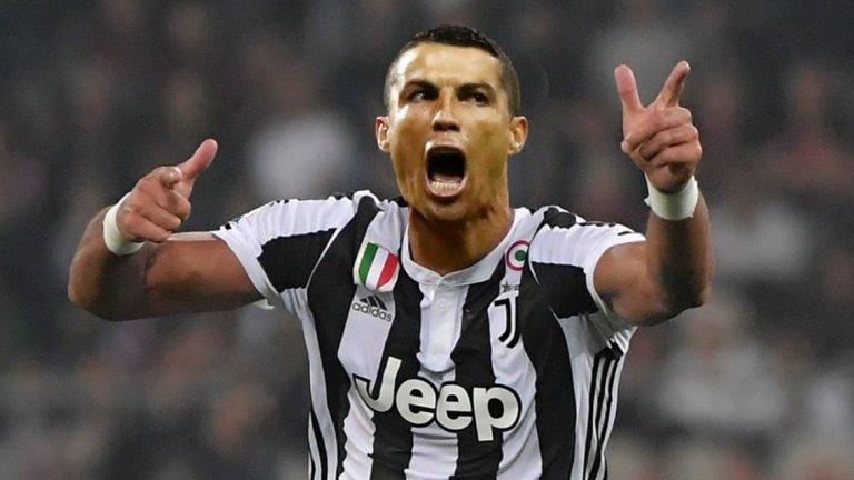 51 гола за Ювентус в 71 мача - 35-годишният Кристиано остава изключително резултатен и е на второ място сред нападателите, достигнали най-бързо 50 гола с екипа на италиански тим