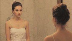 """С романтичната драма Like Crazy (2011) британката успя да пробие в Щатите. Филмът спечели голямата награда на фестивала """"Сънданс"""", както и награда за изпълнението на Джоунс"""