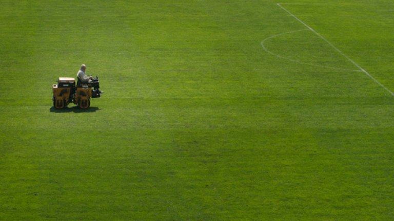 """Съдбата на стадион """"Българска Армия"""", чийто терен е сред най-добрите у нас е неизвестна"""