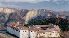 Няма съдия в Сандански за делото срещу грабителите на Роженския манастир