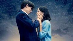 """Номинираният в пет категории за Оскар филм """"Теорията на всичко"""" доказва как от живота на един учен може да се направи сантиментална драма"""