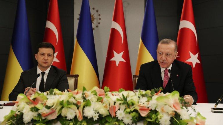 Турция опитва да играе ролята на балансьор на силите в Черно море