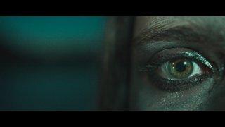 Innerglow дават сериозна заявка да допълнят любимите ни плейлисти с четвъртия си сингъл So Long - а към песента предлагат и едно доста нестандартно морско видео