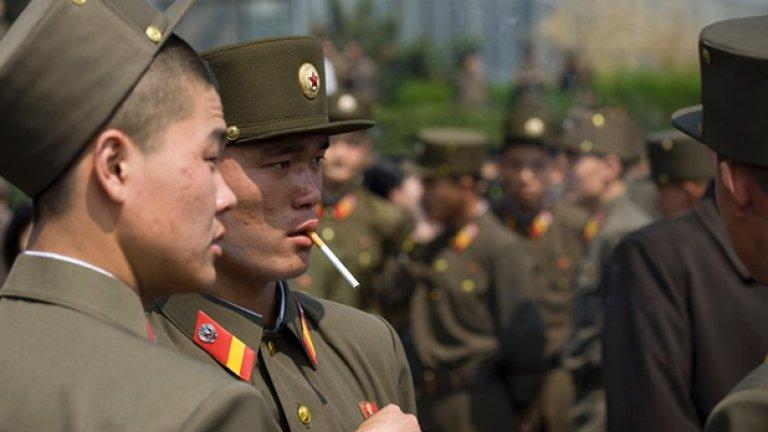 50-тина севернокорейски подводници са извън базите си, артилерийската сила по границата е удвоена