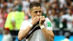 Карлос Вела от дузпа и Чичарито донесоха победата за Мексико