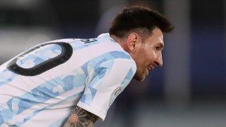 Феноменално изпълнение на Меси не стигна на Аржентина срещу Чили (видео)