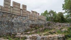 """Визуализация на крепостта """"Кракра"""" в Перник за 6 милиона лева, която дори Божидар Димитров определи като несполука"""