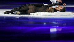 Александра Степанова впечатли всички с прозрачния си костюм...