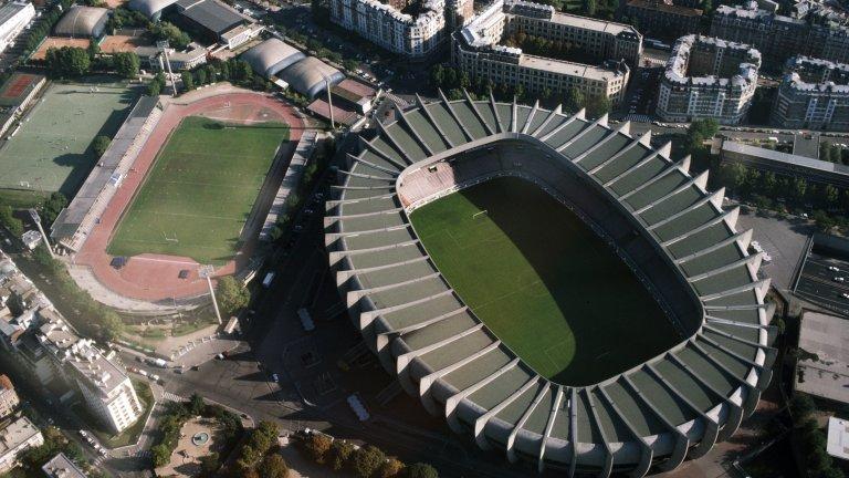 """Стадионът на ПСЖ - """"Парк де Пренс"""", от птичи поглед"""
