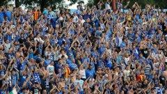 Вчера преди началото на футболната среща са били задържани 27 български фенове.