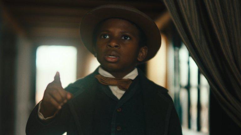 """The Underground RailroadКъде: Amazon Prime Video  Режисьорът Бари Дженкинс (""""Лунна светлина"""",If Beale Street Could Talk) отново работи по темата """"расизъм"""" в предстоящия сериал на Amazon. Историята разказва за афроамериканската робиня Кора, която работи в памучна плантация в Джорджия. Един ден тя решава да избяга от собствениците си чрез т.нар. """"подземна железница"""" - мрежа от контакти, която осигурява безопасно бягство за робите в САЩ."""