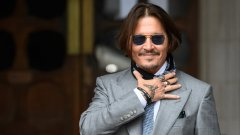 Редица брандове и продуценти категорично отказват да прекратят договорите си с актьора