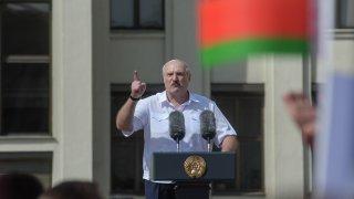 По думите му Беларус засилва и граничния контрол с Украйна