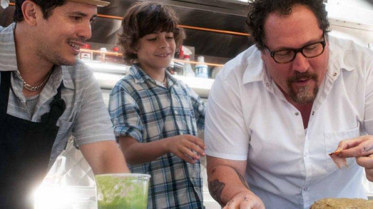 """Победител: Chef  Chef (""""Готвачът"""") от режисьора на """"Железния човек"""" Джон Фавро се оказа най-печелившият независим филм това лято. В него Фавро играе кулинар, който преоткрива удоволствието от занаята, след като зарязва изискания си ресторант и отваря камион за бързо хранене.  Нискобюджетната и непретенциозна продукция се представяше стабилно в американските киносалони близо два месеца, преди Фавро да премине към работата по следващия си филм - The Jungle Book на """"Дисни""""."""