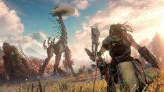 Horizon: Zero Dawn (PS4)  PS4 има повече от достатъчно страхотни игри, всяка от които си заслужава да притежавате конзолата заради нея, но ни се иска да оставим настрана заглавия като God of War, Uncharted и Bloodborne, които директно или косвено са продължения на вече съществуващи поредици. Вместо това, на преден план излиза нещо напълно ново и оригинално. В основата на Horizon: Zero Dawn e апокалипсис, при който обаче природата си е върнала контрола. Земята изглежда като един истински рай... докато не се срещнете с първите механизирани чудовища, които бродят из нея. Кръвожадни и могъщи, тези роботи представляват нова стъпка в еволюцията на фауната и принуждават оцелелите хора да се крият в труднодостъпни убежища.   Оттук насетне пред вас се разкрива екшън приключение с ролеви елемент в голям отворен свят. Графиката е зашеметяваща, а геймплеят - изненадващо комплексен и труден за игра, насочена към възможно най-широка аудитория. Непрекъснато ви се налага да преценявате противниците, срещу които се изправяте, и да търсите най-подходящите муниции и оръжия за тях. Horizon: Zero Dawn е попадение в десетката за Sony и Guerilla Games и няма съмнение, че втората част е въпрос само на време.