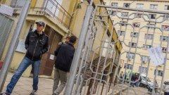 Ще бъде изградена временна ограда в най-тежкия участък по границата край Елхово, където релефът не позволява наблюдение, потвърди вътрешният министър Цветлин Йовчев