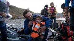 Трета обърната лодка с бежанци само в рамките на седмица