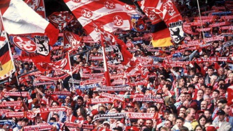 Това остава последната титла в Бундеслигата за Кайзерслаутерн, който в момента се състезава във втория ешелон на германския футбол.