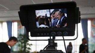 Кадри на Russia Today вече правят напълно завършени новинарски емисии, след като много беларуски журналисти хвърлят оставки