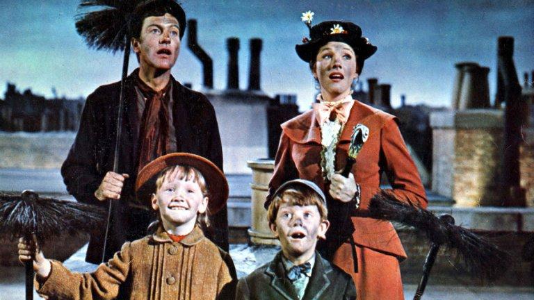 """Мери Попинс / Mary Poppins - 13 номинации през 1965 г.    Продукцията на Уолт Дисни """"Мери Попинс"""" не просто получава световно признание за времето си, но и историята на създаването му се превръща в сюжет на отделен филм - """"Спасяването на мистър Банкс"""" през 2013 г. с Том Ханкс и Ема Томпсън. През 1965 г. """"Мери Попинс"""" печели 5 награди """"Оскар"""", като допринася за внушителния списък на Уолт Дисни - 59 номинации и 22 златни статуетки."""