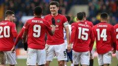 Юнайтед си го изкара на третодивизионен отбор и наниза 6