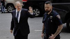 Защитникът на Харви Уайнстийн твърди, че привличането на частния детектив е причина за серията от тактически победи срещу прокурорите
