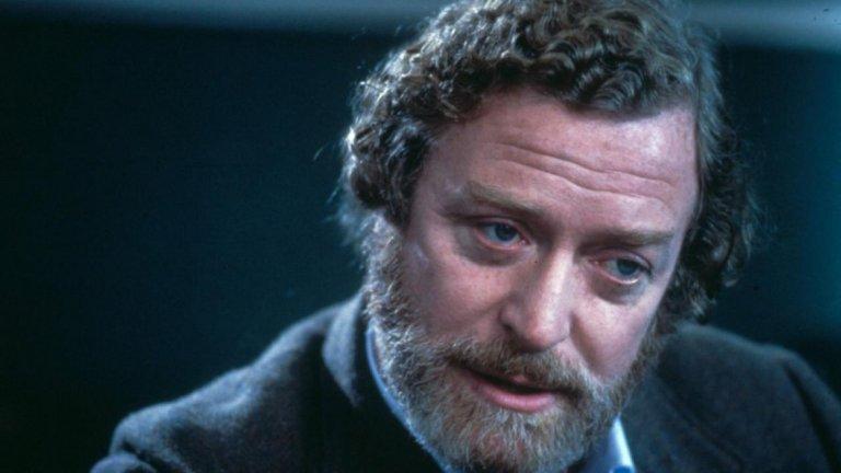 """""""Да образоваш Рита"""" (Educating Rita, 1983)  Ролята, която му носи Златен глобус за най-добър актьор в мюзикъл или комедия, е тази на професор Франк Брайънт в """"Да образоваш Рита"""".   Той умело се превъплъщава в ролята на алкохолик и развратник, чийто живот го е оставил емоционално изтощен и без никакво самочувствие."""