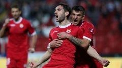 Капитанът Александър Тунчев вкара с глава първия гол в мача ЦСКА - Литекс.