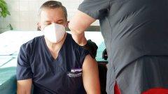 Ангелов: Само 21% от учителите са изявили желание да се ваксинират