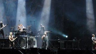 Музикални хроники: Rammstein имаха лудата идея да направят кариера с песни на немски