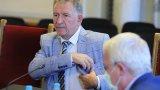 """""""Основанията са, че страната навлиза в нова пандемична вълна"""", поясни здравният министър"""