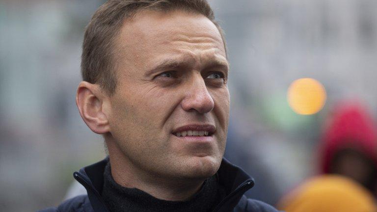 """Десетки привърженици на опозиционера бяха арестувани, докато го чакаха на летище """"Внуково"""""""