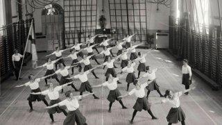Изненадващо драматичната история на гимнастика
