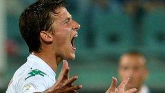 Тонев влезе като резерва и минута преди края вкара невероятен гол с левия крак, който донесе победата на България срещу Люксембург
