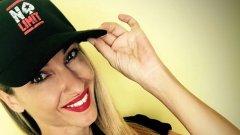 Алекс Раева доказа, че е родена за покер