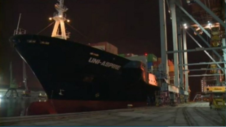 Товарят 54 контейнера с отпадъци за реекспорт в Италия