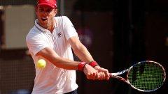 Голям скандал в Русия: Американски тенисист с COVID-19 избяга от властите
