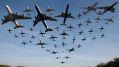...и как се стига до забраната на течности в презокеански полети.