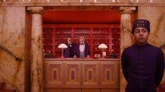 """Хотелът, какъвто и да е той, не е """"вкъщи"""", така че е добре да приемаме всички малки негови недостатъци с чувство за хумор и самоирония..."""