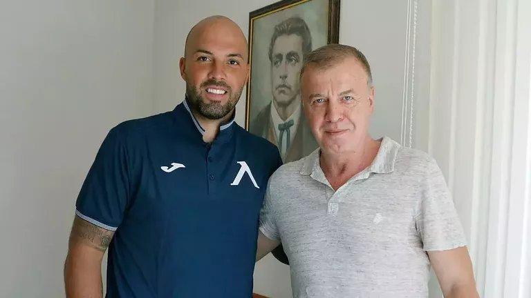 Отслабналият до 100 кг Ники Михайлов подписа нов договор с Левски