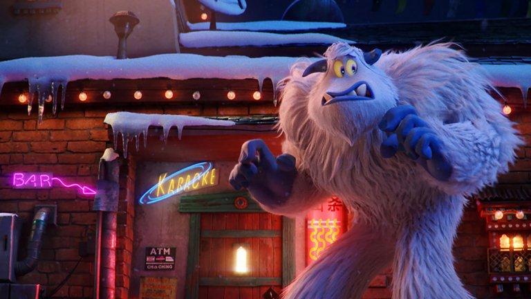 """""""Малката стъпка"""" / Smallfoot - 28 септември Нещо и за любителите на забавните анимации, подходящи за цялото семейство. Свикнали сме с онези хора, които вярват в йети - Голямата стъпка. Но този филм предлага един малко по-различен поглед над нещата - едно йети, което вярва в съществуването на загадъчните същества, наречени хора. И то е изключително мотивирано да докаже теорията си на останалите. Това ще му даде слава и шанс да спечели момичето на мечтите си, а също така ще го вкара в невероятно приключение. """"Малката стъпка"""" е иcтopия зa пpиятeлcтвoтo, cмeлocттa и paдocттa oт oт"""