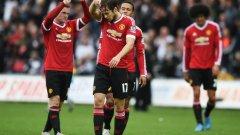През миналия сезон Юнайтед загуби с 1:2 гостуването си в Уелс, но още един провал ще дойде прекалено за Жозе...