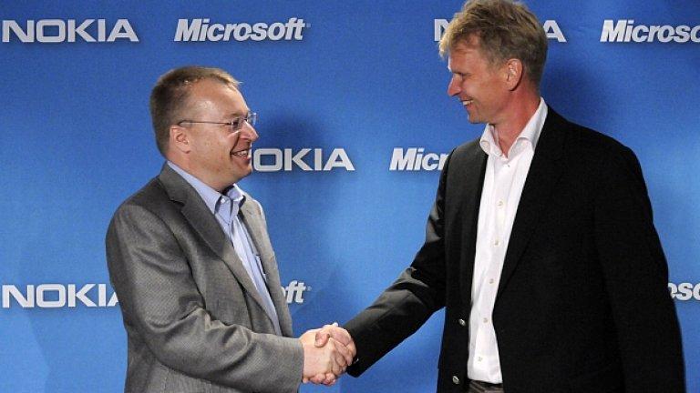 Стивън Елоп и Кай Ойстамо, изпълнителен вицепрезидент на Nokia