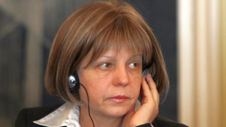 Кметът на София Йорданка Фандъкова: Искам съдействие на закона, който да не позволява псевдозагрижеността за кучетата на улиците