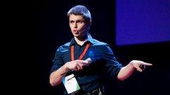 Любо е програмист, предприемач, изобретател и визионер с гражданска мисия, чийто абитуриентски бал все още предстои