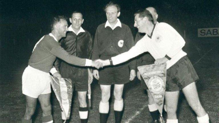 Нападателят изведе Бундестима като капитан до световната титла през 1954 г.